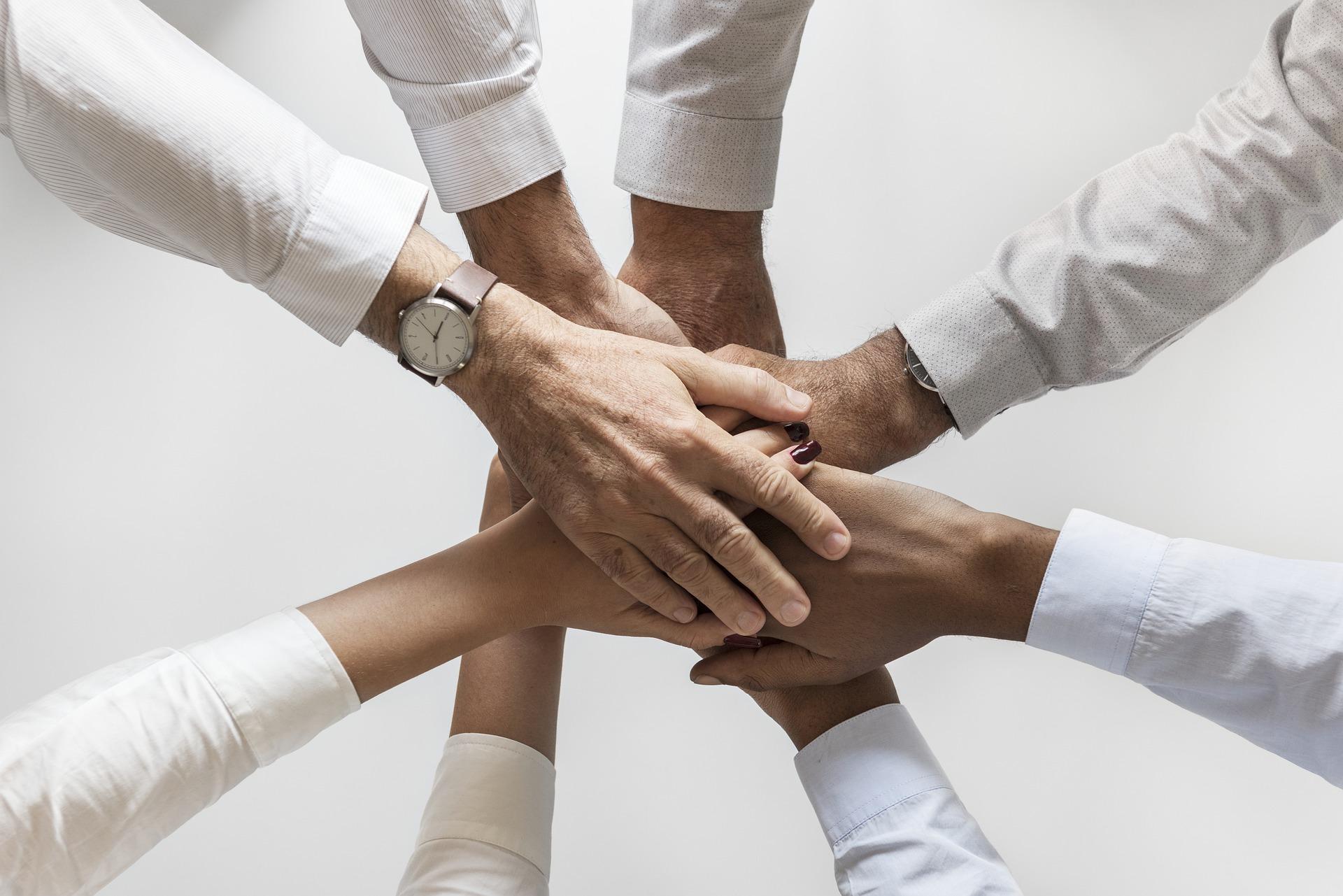 協力 団結 協調性 社会性