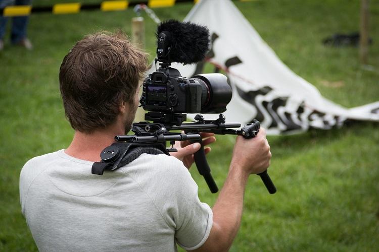 テレビ カメラマン